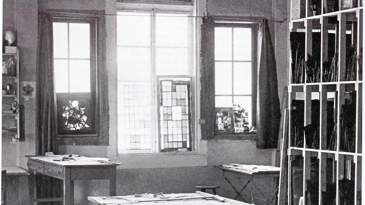 Full Size of Bauhaus Baumarkt Fensterfolie Fenster Einbauen Kosten Fensterdichtung Schwarz Katalog Bremen Verspiegelt Tesa Blickdichte Alu Sichtschutzfolie Einseitig Fenster Bauhaus Fenster