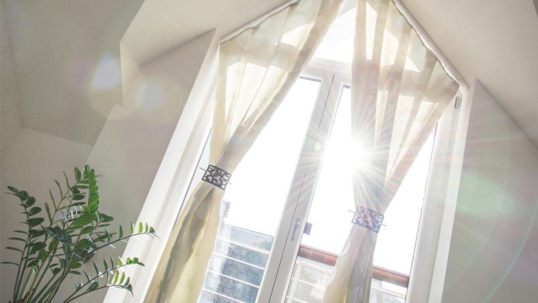 Large Size of Auto Fenster Folie Wohnung Bei Mega Hitze Runterkhlen Mit Sichtschutzfolie Einseitig Durchsichtig Reinigen Velux Austauschen Kosten Bremen Verdunkeln Fenster Auto Fenster Folie