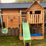Ein Kinderspielhaus Holz Neu Oder Gebraucht Kaufen Schwimmingpool Für Den Garten Trampolin Kinderhaus Bewässerungssysteme Test Rattan Sofa Sonnenschutz Garten Holzhaus Kind Garten