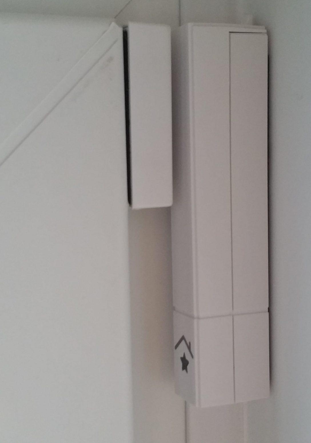 Large Size of Fenster Alarmanlage Landi Test Mit Fernbedienung Bauhaus Funk App Ratgeber Tr Und Fenstersensor Fr Alarmanlagen Kaufberatung Verdunkeln Konfigurieren Schüco Fenster Fenster Alarmanlage