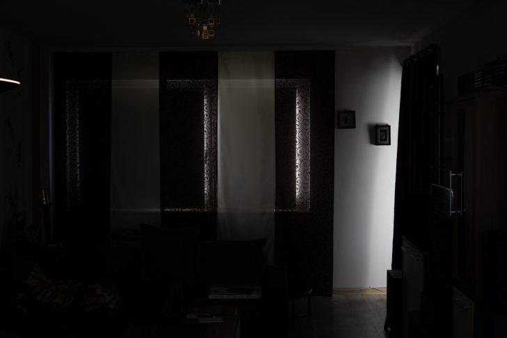 Medium Size of Vllig Von Der Rolle Solina Fenster Rollos Verdunkelung Mdks Dachschräge Rollo Velux Kaufen Drutex Weihnachtsbeleuchtung Auto Folie Gitter Einbruchschutz Fenster Fenster Verdunkeln
