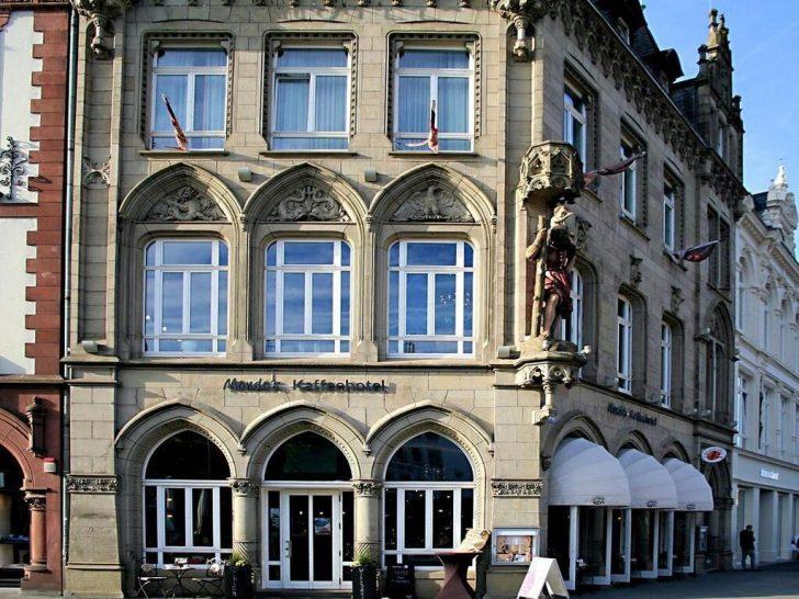 Medium Size of Fenster Trier Mondos Kaffeehotel Deutschland Bookingcom Rc 2 Verdunkeln Abdichten Dreh Kipp Winkhaus Landhaus Dampfreiniger Jalousie Gitter Einbruchschutz Fenster Fenster Trier