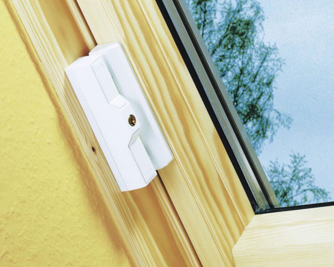 Large Size of Dachfenste Gegen Einbrecher Sichern Fenster Konfigurieren Köln Obi Schüco Kaufen Aluminium Sicherheitsfolie Einbruchsichere Abdichten Schräge Abdunkeln Fenster Fenster Einbruchsicher Nachrüsten