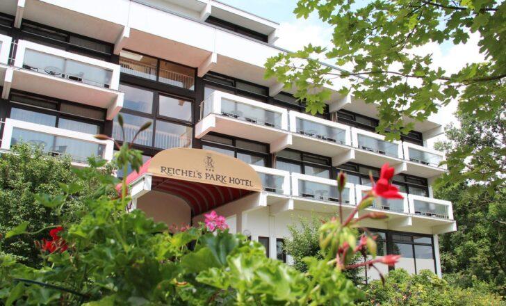 Medium Size of Reichels Parkhotel Fugenloses Bad Material Quad Tour Baden Württemberg Hotels Schandau Ferienwohnung Baden Baden Hotel Astoria Füssing Pension Reichenhall Bad Hotel Bad Windsheim