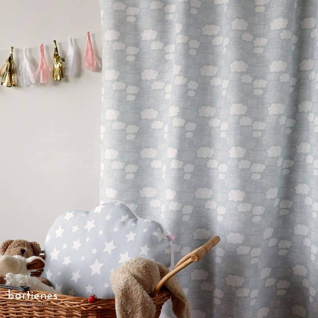 Full Size of Kinderzimmer Vorhänge Dekostoff Grau Weiss Wolken Oder Sterne Bartienes Regal Regale Weiß Wohnzimmer Schlafzimmer Küche Sofa Kinderzimmer Kinderzimmer Vorhänge