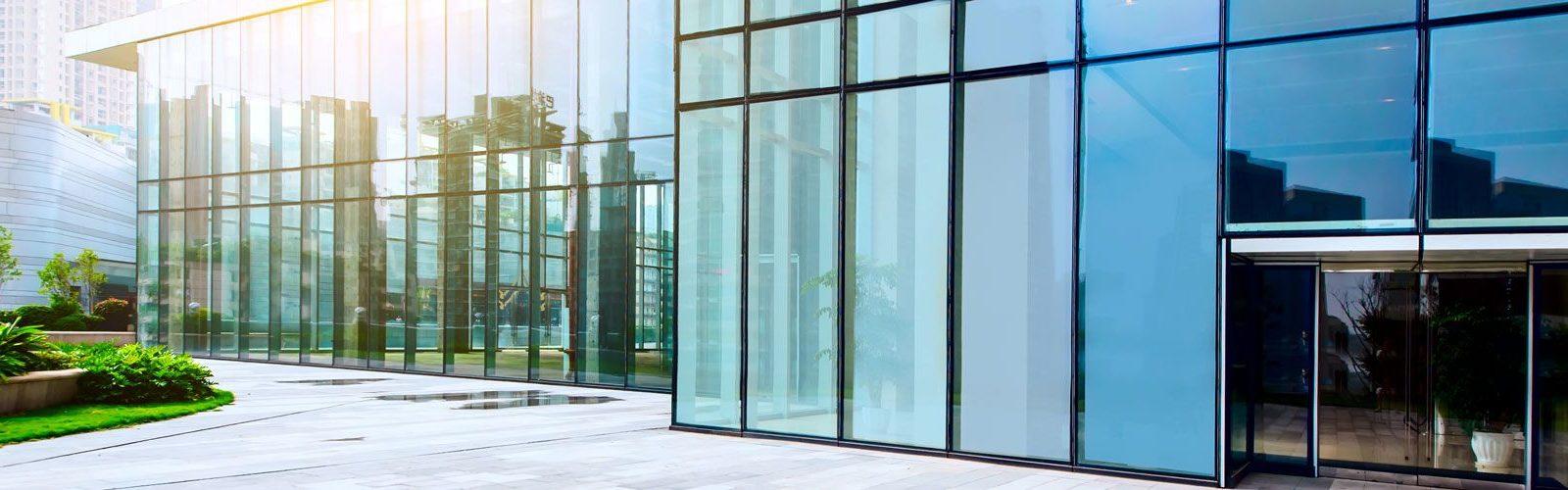Full Size of Aluminium Fenster Glas Reus Gmbh Co Kg Sichern Gegen Einbruch 3 Fach Verglasung Schräge Abdunkeln Jemako Velux Einbauen Günstige Veka Meeth Schüko Fenster Aluminium Fenster