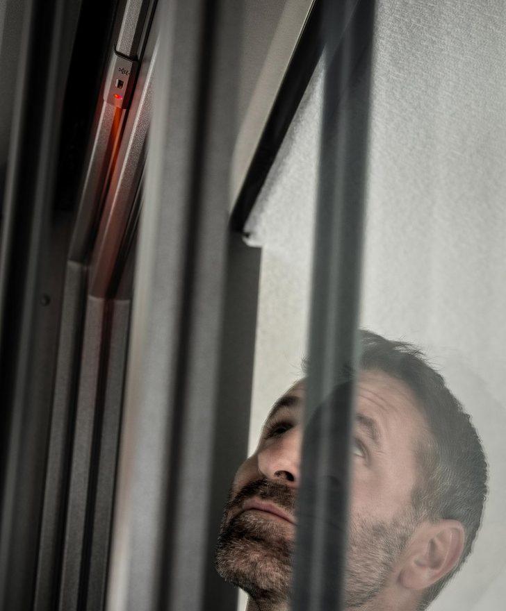 Medium Size of Fenster Einbruchsicher Nachrüsten Smart Guard Rehaus Erstes Einbruchprventionssystem Fr Fliegengitter Zwangsbelüftung Winkhaus Salamander Bodentiefe Fenster Fenster Einbruchsicher Nachrüsten
