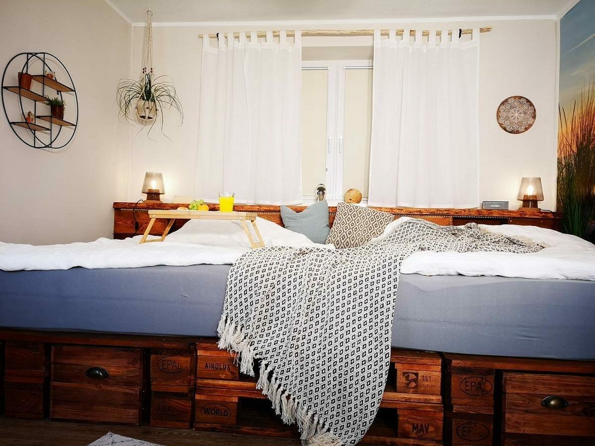 Full Size of Günstige Betten 140x200 Hussen Für Sofa Rauch Schöne Kopfteile Sichtschutz Garten Jensen Spiegelschrank Bad Runde Deko Küche Bett Betten Für übergewichtige