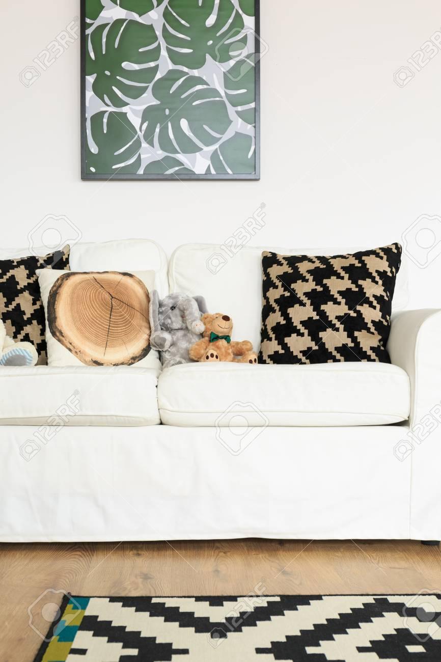 Full Size of Sofa Gemtliches Im Ruhigen Weiß Grau Modulares Esszimmer Für Esstisch Günstig Kaufen Barock Mit Bettfunktion Bezug Ecksofa Big Riess Ambiente Verstellbarer Sofa Sofa Kinderzimmer