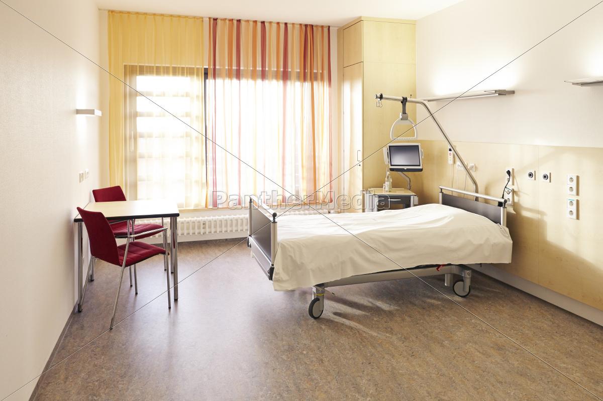 Full Size of Krankenhaus Bett Zimmer Stockfoto 11040414 Bopita Landhaus Schrank Wickelbrett Für Tojo Mit Stauraum Nolte Betten Weiß 160x200 Rückenlehne Bonprix Matratze Bett Krankenhaus Bett