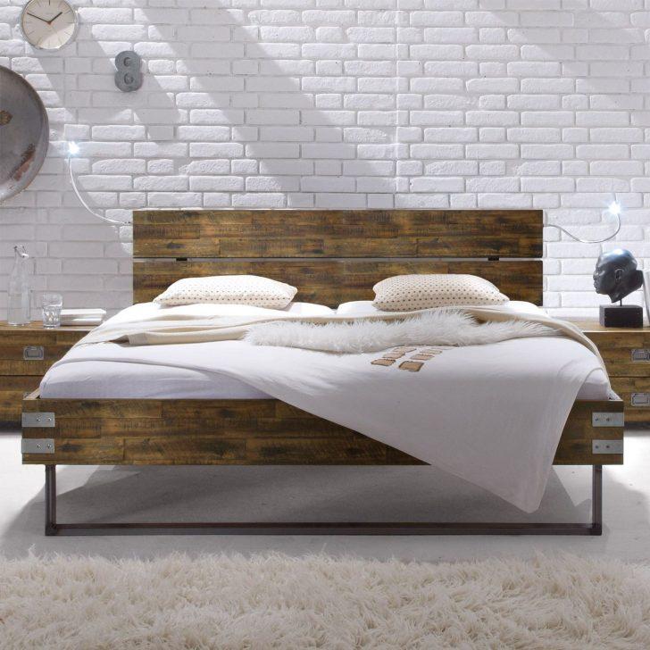 Medium Size of Betten Holz Massivholzbett Aus Akazie Mit Stahlkufen Konna Team 7 Rauch 140x200 Massivholz Schlafzimmer Musterring Ruf Preise Ausgefallene Günstige Sofa Bett Betten Holz