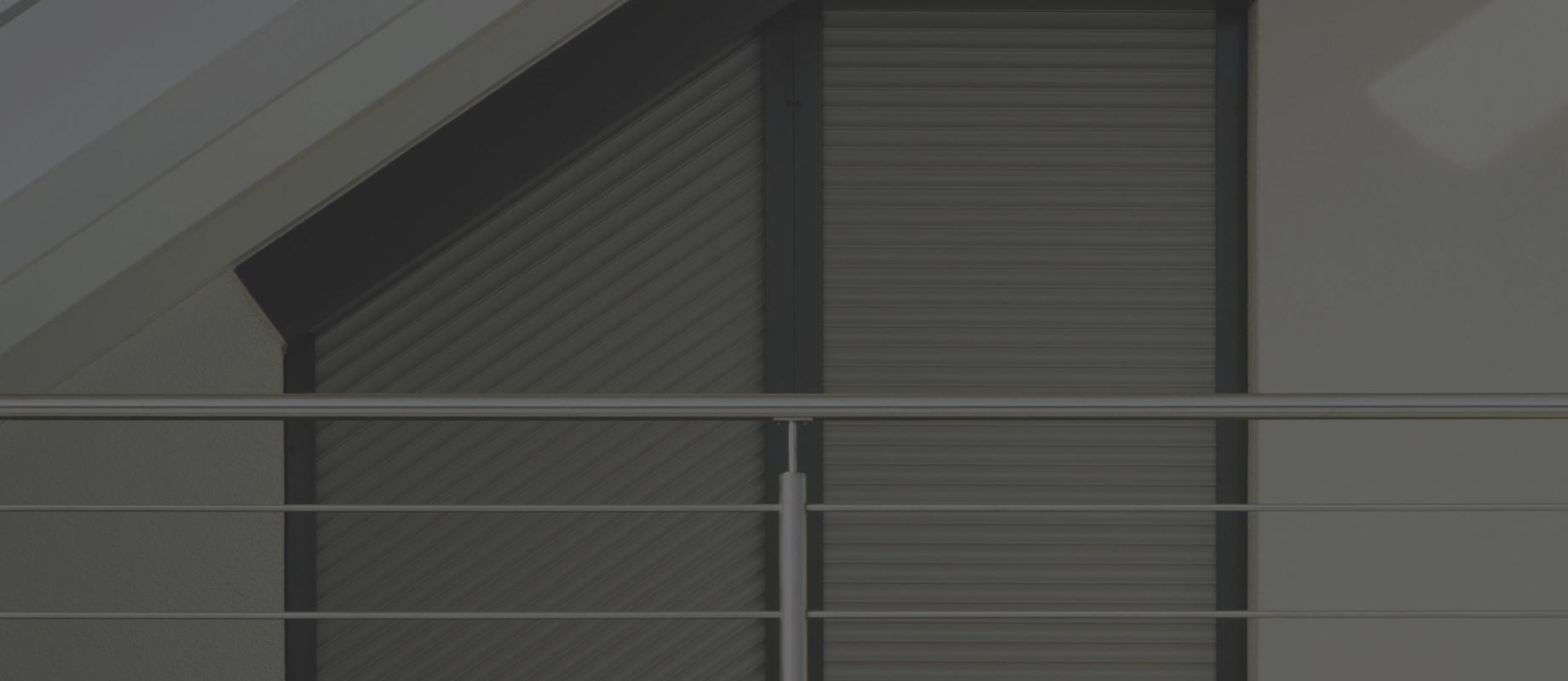 Full Size of Roma Rollladen Fr Schutz Weru Fenster Preise Günstige Insektenschutz Für Dänische Flachdach Sonnenschutz Innen Insektenschutzrollo Neue Einbauen Fenster Fenster Rolladen