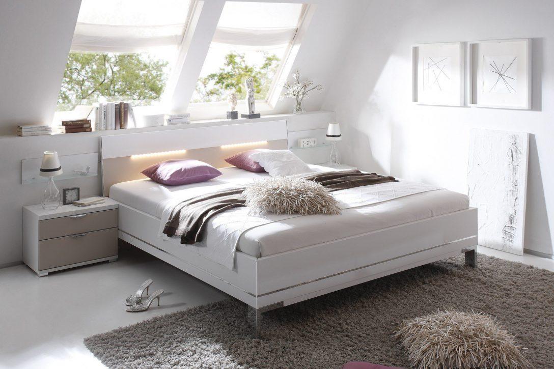 Full Size of Bett 160x200 Japanisches Schwarz Wei Flexa Trends Betten Mit Außergewöhnliche 140x200 Weiß Schwebendes Weißes Tempur Baza 200x200 Rückenlehne Bonprix Bett Bambus Bett