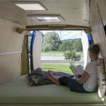 Zwangsbelüftung Fenster Nachrüsten Was Beim Umbau Vom Transporter Zum Wohnmobil Zu Beachten Ist Sicherheitsbeschläge Sonnenschutzfolie Absturzsicherung Fenster Zwangsbelüftung Fenster Nachrüsten
