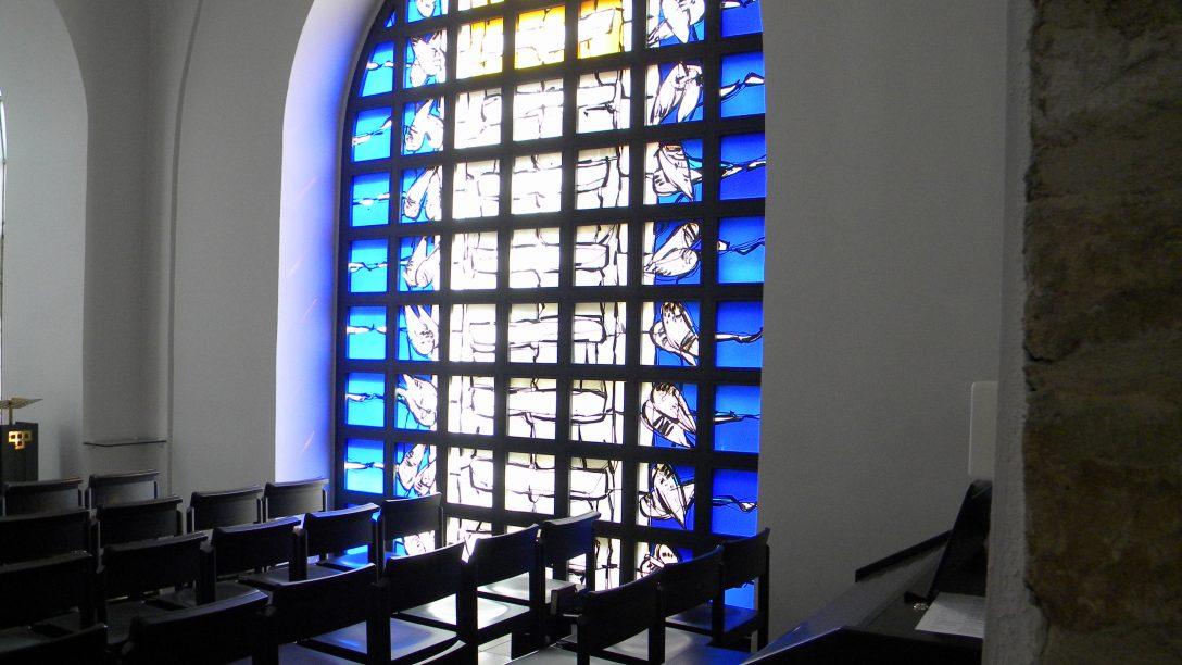 Large Size of Filekapellenfenster St Irminen Trierjpg Wikimedia Alarmanlagen Für Fenster Und Türen Online Konfigurieren Einbruchschutz Verdunkelung Fototapete Rolladen Fenster Fenster Trier