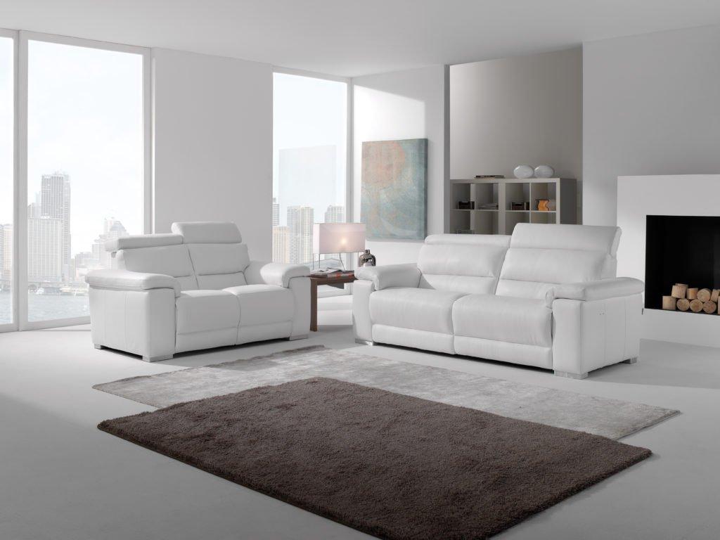 Full Size of Weißes Sofa Ein Weies Ledersofa Optimal In Szene Setzen Tipps Und Tricks Günstiges Schillig Langes Günstige Xxxl Abnehmbarer Bezug Mit Led Leder Braun Sofa Weißes Sofa