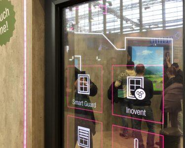 Rehau Fenster Fenster Rehau Fenster Visionen Mit Digitalem Raffstore Und Fenstergroem Touchscreen Rc3 Plissee Kaufen In Polen Gitter Einbruchschutz Bauhaus 3 Fach Verglasung
