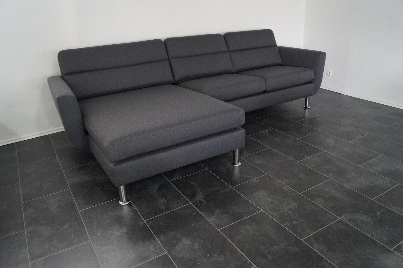 Full Size of Sofa Breit Wohnlandschaft Couch Universal Chaiselongue Herzlich Ewald Schillig Ohne Lehne Creme Xxl Grau Kolonialstil Ikea Mit Schlaffunktion Barock Federkern Sofa Sofa Breit