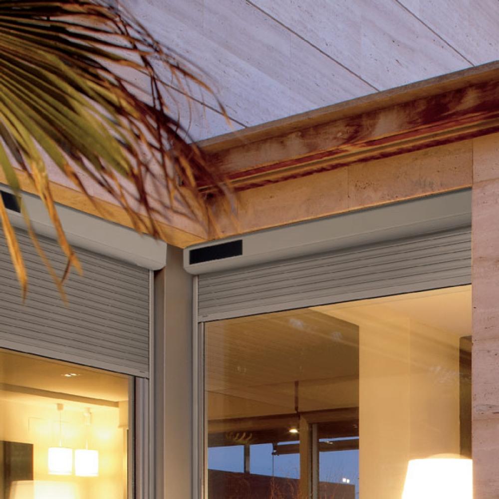 Full Size of Fenster Mit Eingebauten Rolladen Solarrollladen Rollladen Solar Solarantrieb Akku Sichtschutzfolie Für Beleuchtung Insektenschutz Internorm Preise Fenster Fenster Mit Eingebauten Rolladen
