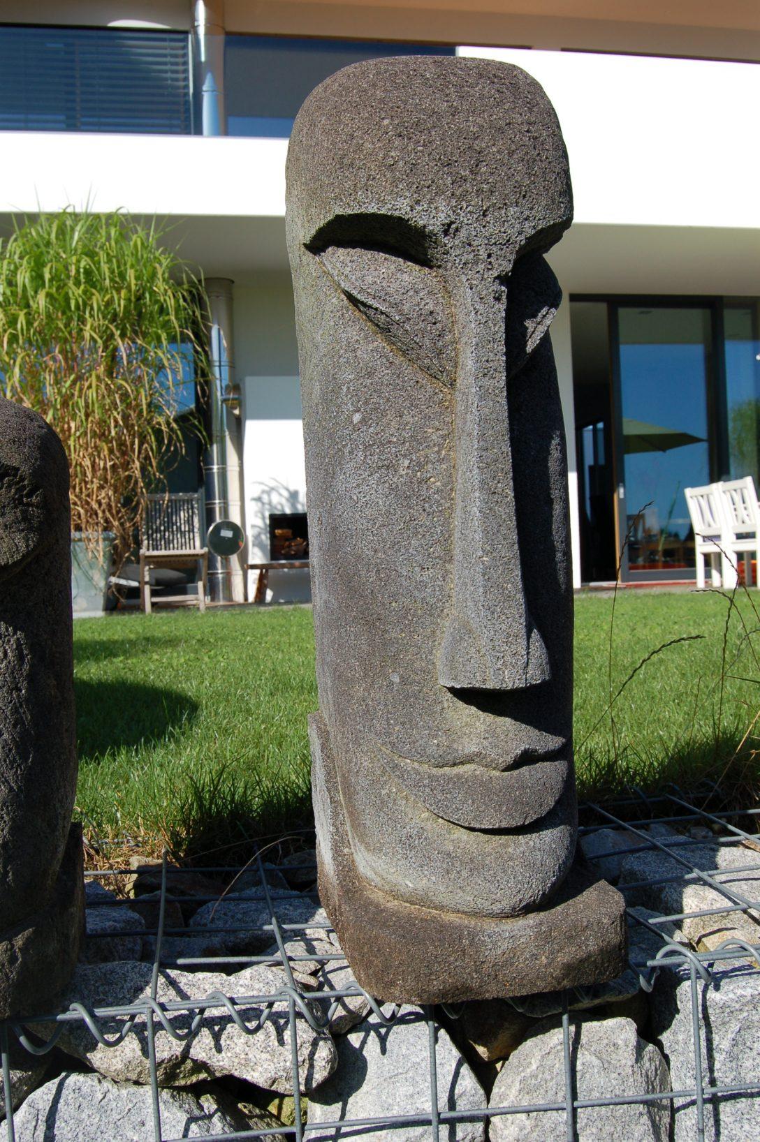 Large Size of Garten Skulpturen Moai Und Osterinsel Steinfiguren Als Moderne Gartenskulpturen Truhenbank Feuerstelle Sichtschutz Im Pergola Heizstrahler Relaxliege Garten Garten Skulpturen