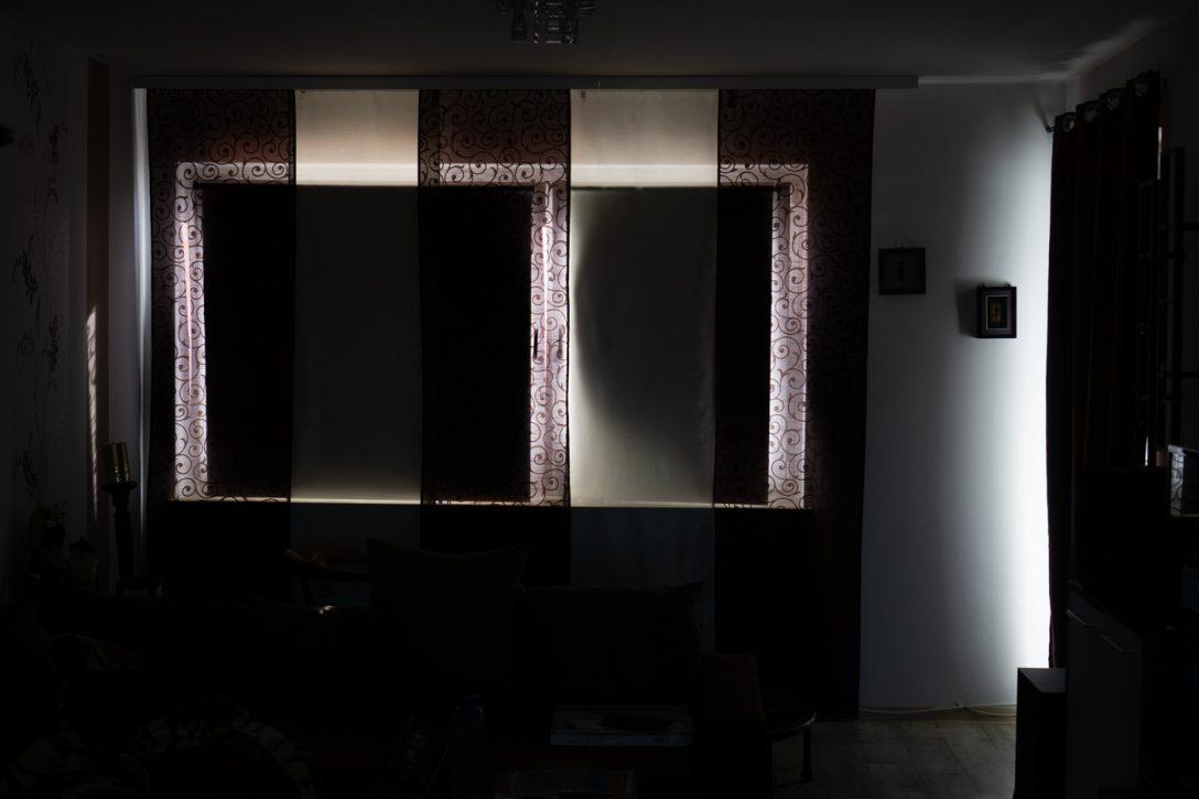 Large Size of Fenster Verdunkeln Vllig Von Der Rolle Solina Rollos Verdunkelung Mdks Winkhaus Jalousien Plissee Einbruchsicher Nachrüsten Sicherheitsfolie Einbruchschutz Fenster Fenster Verdunkeln