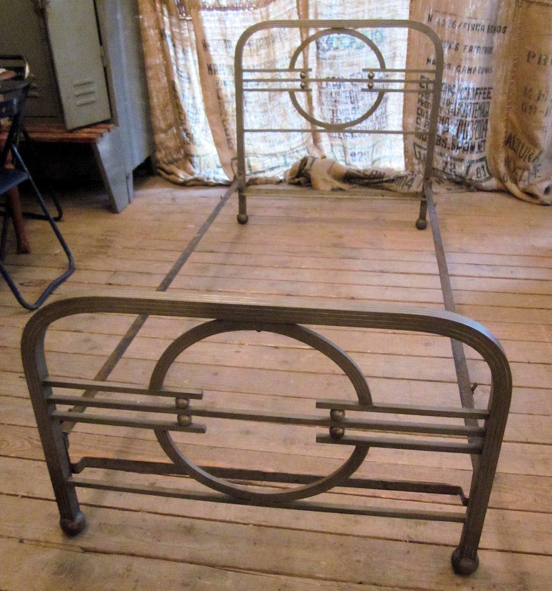 Large Size of Bett Antik 01620 Art Deco Aus Metall Wandel Amazon Betten 180x200 Schwarz Im Schrank Bettkasten Günstige 140x200 Kaufen Hamburg Massivholz Barock Ohne Füße Bett Bett Antik