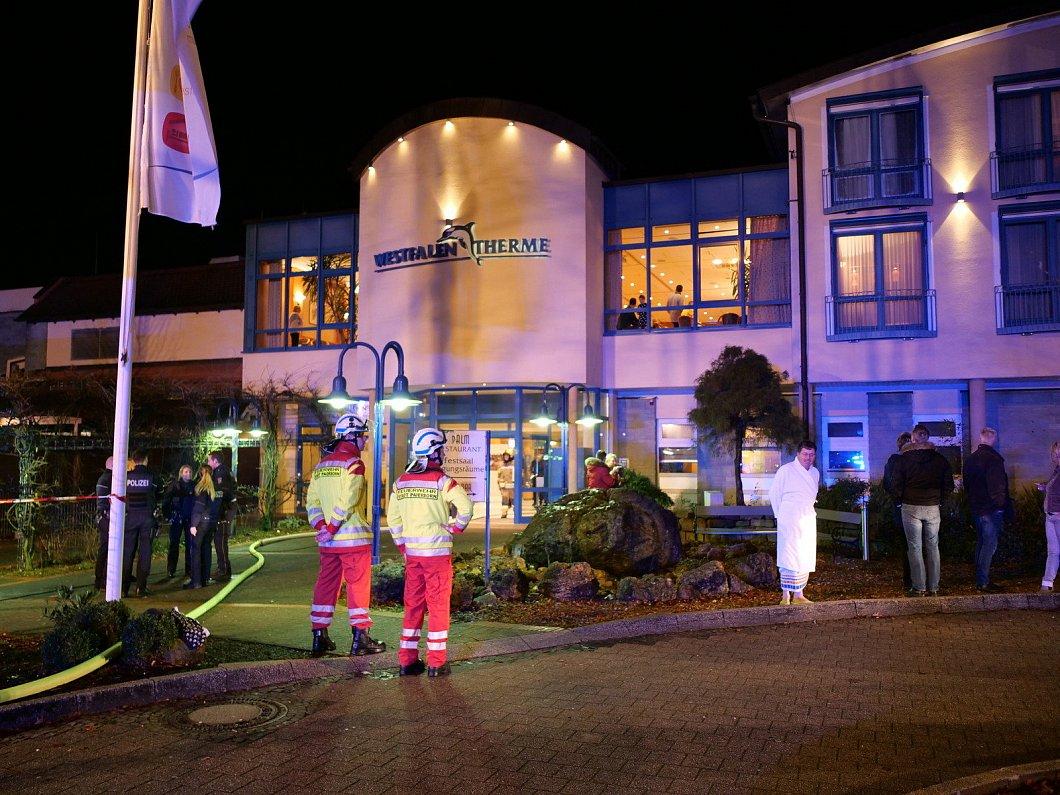 Full Size of Bad Lippspringe Hotel Westfalen Therme Evakuiert Nwde Hotels Pyrmont Sulza An Der Windsheim Pyramide Wasserhähne Zwischenahn Rundreise Kuba Und Baden Decke Im Bad Bad Lippspringe Hotel