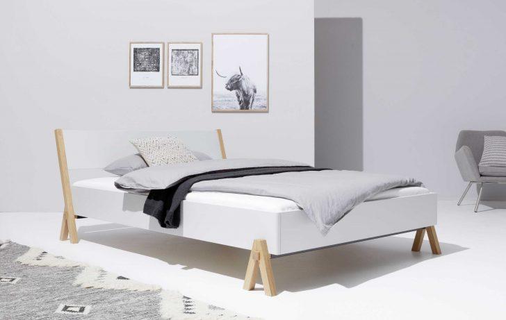 Medium Size of Betten 140x200 Weiß Designwebstore Boq Bett Weiss 140 200 Cm Ohne Lattenrost Weißes Regal Frankfurt Mit Schubladen 100x200 Günstig Kaufen Hochglanz Bett Betten 140x200 Weiß