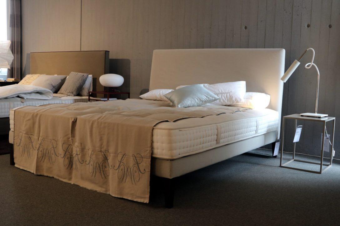 Large Size of Bett Ausstellungsstück Designerschnppchen Behr Einrichtung Betten 100x200 Luxus Mit Matratze Und Lattenrost 140x200 180x200 Schwarz Modernes Test Clinique Bett Bett Ausstellungsstück
