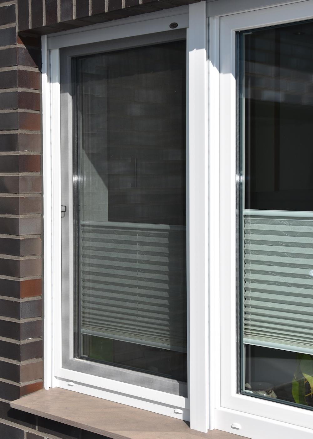 Full Size of Der Die Ou Das Fenster Fensterdeko Weihnachten Led Deko Licht Detail Dwg Dekoration Plissee Deutschland Artikel Preise Aus Schnitt Cad Hersteller Ist Oder 2018 Fenster Fenster.de
