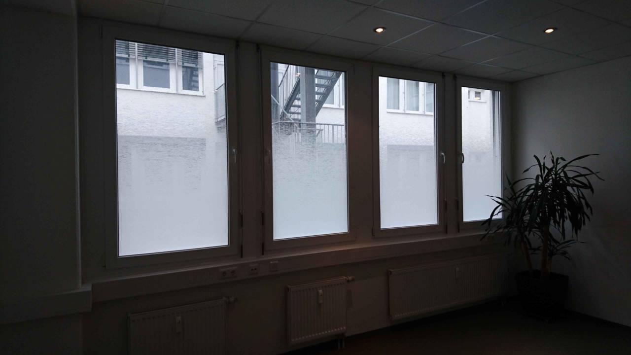 Full Size of Fenster Rostock Alarmanlagen Für Und Türen Sonnenschutzfolie Auf Maß Insektenschutz Folie Pvc Plissee Aco Anthrazit Dachschräge Mit Rolladen Alarmanlage Fenster Fenster Rostock