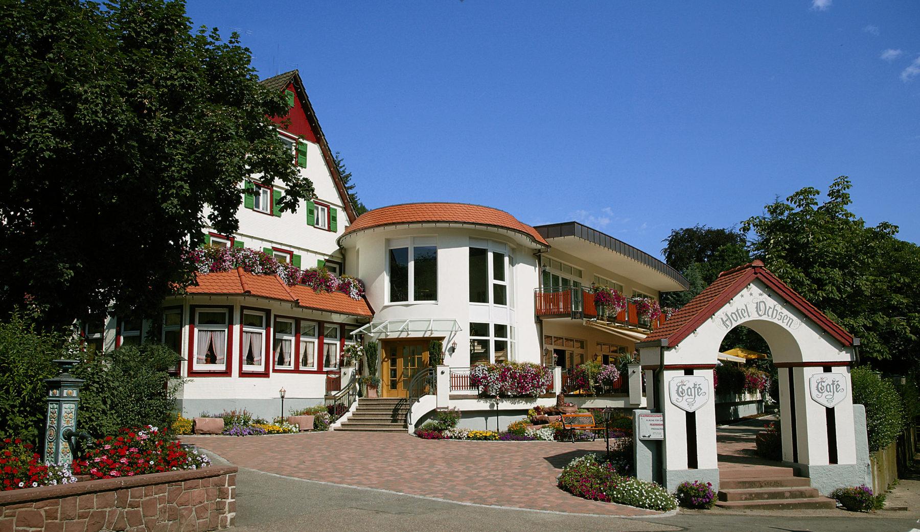 Full Size of Bad Neuenahr Hotels Waschbecken Hotel Godesberg Gögging Baden Bramstedt Wandlampe Schandau Schimmel Im Entfernen Brückenau Nauheim Oldesloe Wandarmatur In Bad Bad Wildbad Hotel