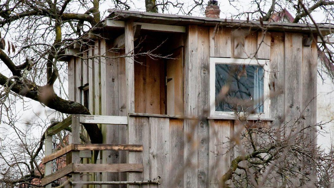 Large Size of Spielhäuser Garten Eltern Drfen Spielhaus Im Errichten Lifestyle Bildde Pavillon Sauna Holzhäuser Bewässerungssysteme Test Stapelstuhl Hängesessel Garten Spielhäuser Garten