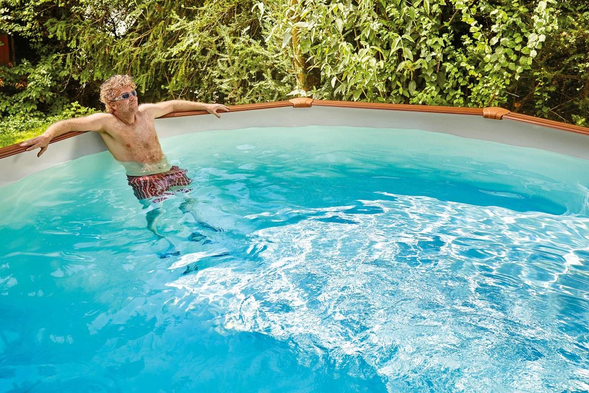 Full Size of Swimmingpool Garten Welcher Pool Ist Der Richtige Hornbach Mini Pavillon Trennwände Holzhaus Relaxsessel Klettergerüst Paravent Liegestuhl Sichtschutz Für Garten Swimmingpool Garten