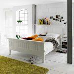 Landhausbett Lacromas In Wei Mit Komforthhe Pharao24de Bett Konfigurieren Massiv 180x200 Sofa Bettfunktion Schrank Kleinkind Im 2m X überlänge 200x200 Bett Bett Komforthöhe