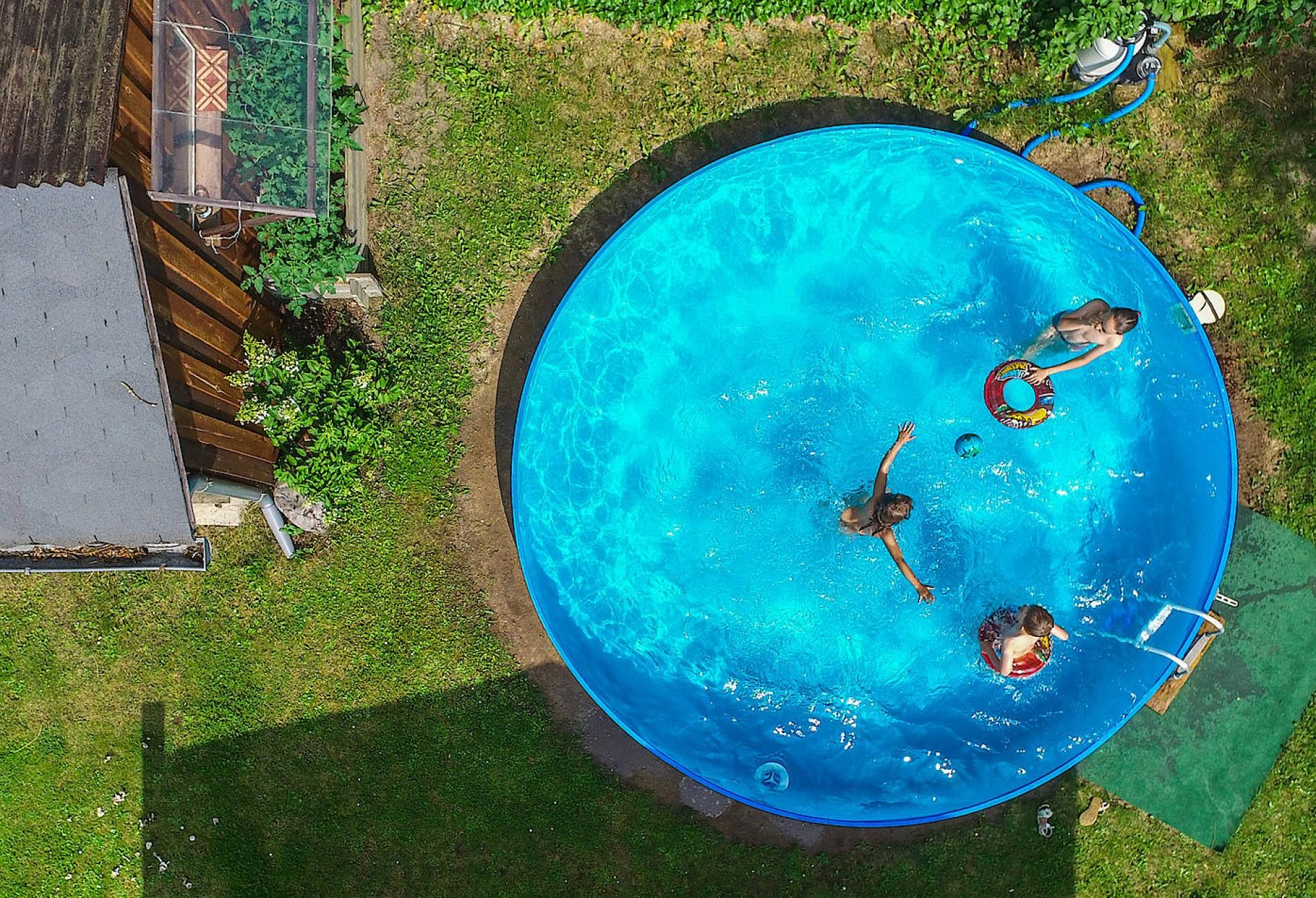 Full Size of Pool Garten Bauen Lassen Kosten Selber Erlaubt Preis Vorschriften Hotel Bad Vorhänge Spielhaus Günstig Heizung Decken Pavillion Deckenleuchten Schöner Abo Garten Pool Im Garten Bauen