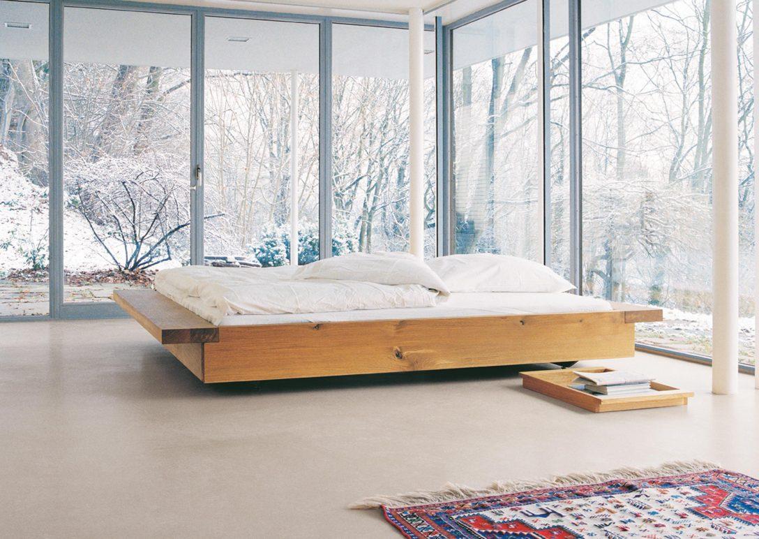 Large Size of Doppelbett Aus Holz Fensterfront Bett Teppich Be Landhaus 160 80x200 Jugendzimmer Betten Für übergewichtige Stauraum 200x200 Ottoversand Im Schrank Clinique Bett Bett Minimalistisch