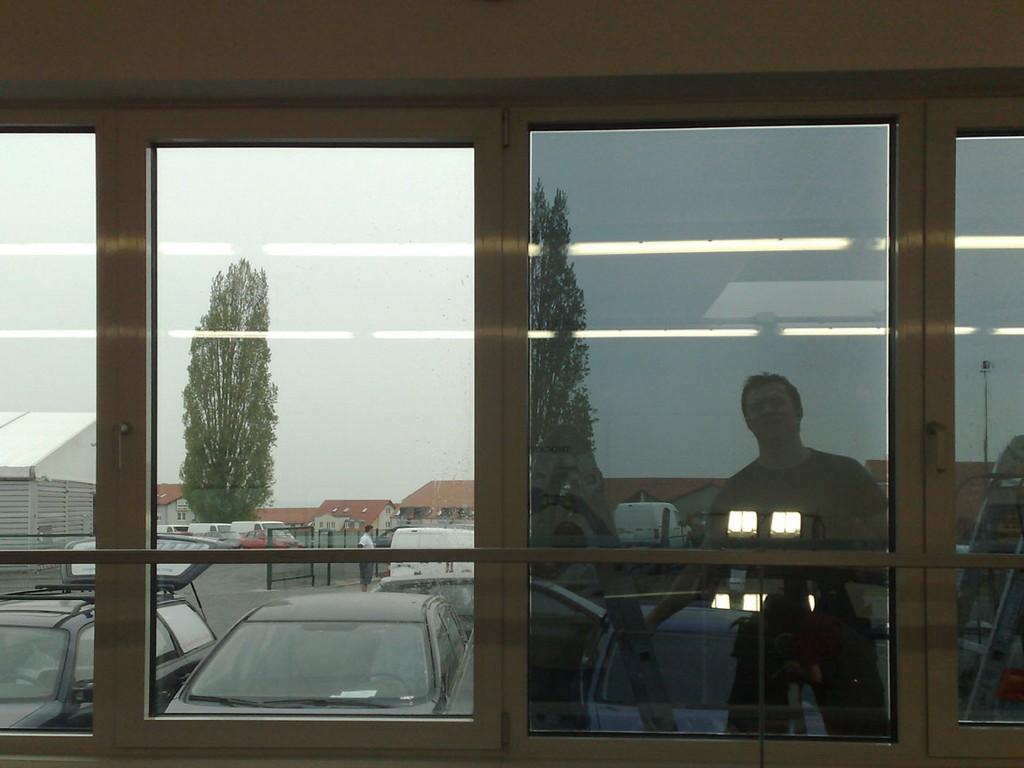 Full Size of Wärmeschutzfolie Fenster Wrmeschutzfolie Fr Rollo Kaufen In Polen Maße Putzen Drutex Gebrauchte Einbruchschutz Runde Weihnachtsbeleuchtung Verdunkeln Holz Fenster Wärmeschutzfolie Fenster