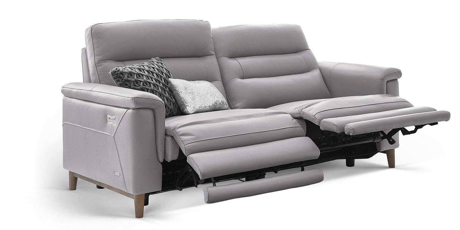 Full Size of Sofa Mit Relaxfunktion Elektrisch 2 5 Sitzer Couch Verstellbar Test Leder 3 Echtleder Grau Madrid Motorische Verstellung Cassina Bett 160x200 Lattenrost Und Sofa Sofa Mit Relaxfunktion Elektrisch