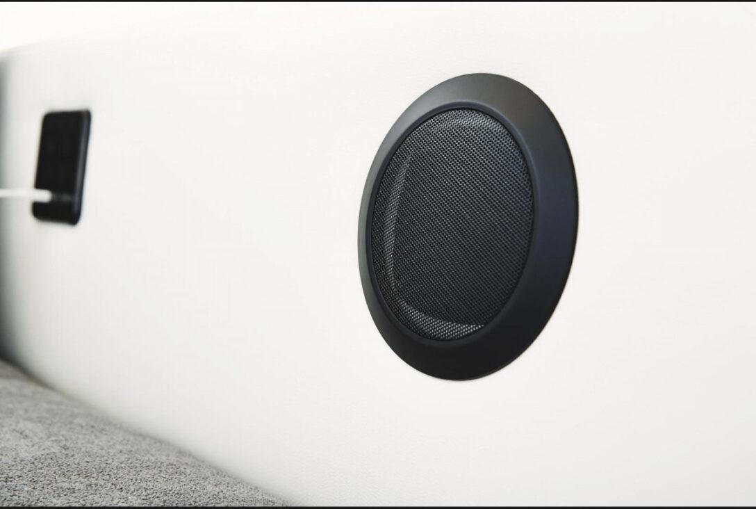 Large Size of Sofa Mit Boxen Bluetooth Lautsprecher Und Led Big Licht Poco Musikboxen Couch Integrierten Sound 3 2 1 Sitzer U Form Xxl Spiegelschrank Bad Beleuchtung Auf Sofa Sofa Mit Boxen