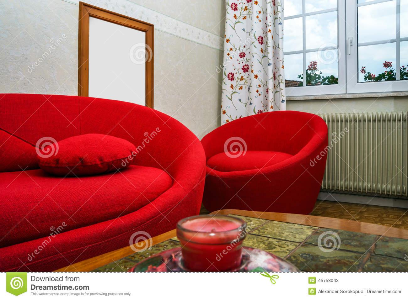 Full Size of Rotes Sofa Stockfotos Und Sie 4 Lizenzfreie Braun Ektorp Brühl Grünes Jugendzimmer 3 Sitzer Wohnlandschaft Garnitur 2 Teilig Rund Aus Matratzen Spannbezug Sofa Rundes Sofa