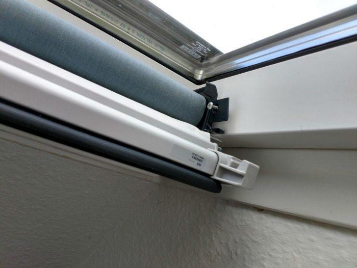 Medium Size of Velux Fenster Rollo Verdunkelungsrollo Dachfenster Einbau Selbst Gemacht Rundes Klebefolie Erneuern Einbruchschutz Nachrüsten Alte Kaufen Bodentiefe Fenster Velux Fenster Rollo