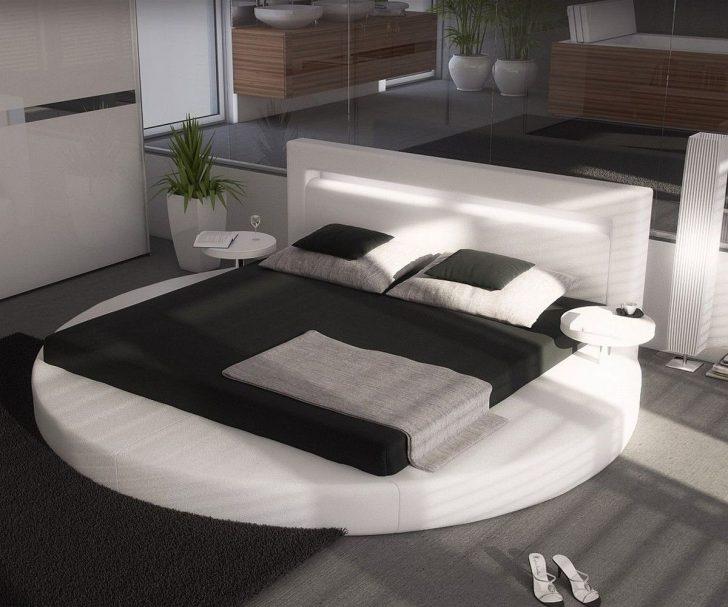 Medium Size of Modernes Bett 180x200 Balinesische Betten Landhausstil Stauraum überlänge 180x220 Eiche Massiv Mit Bettkasten Ebay Bock 160x200 Lattenrost Schwarz Weiß Bett Modernes Bett 180x200