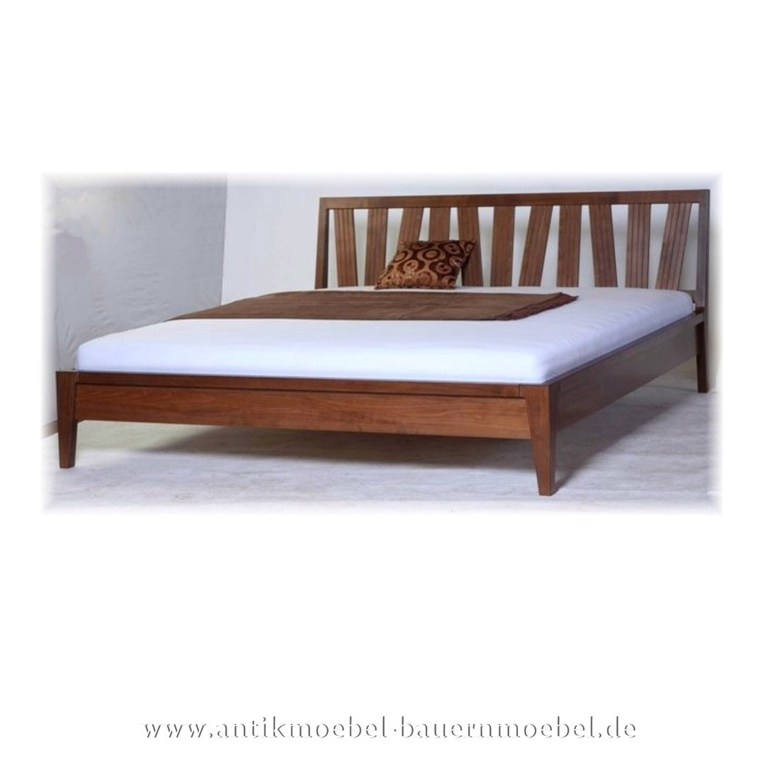 Full Size of Modernes Bett 180x200 Doppelbett Nussbaum Design Massiv Weisses 160x200 Mit Lattenrost Paidi Stauraum 200x200 Rustikales Bettkasten Tempur Betten Hohem Bett Modernes Bett 180x200