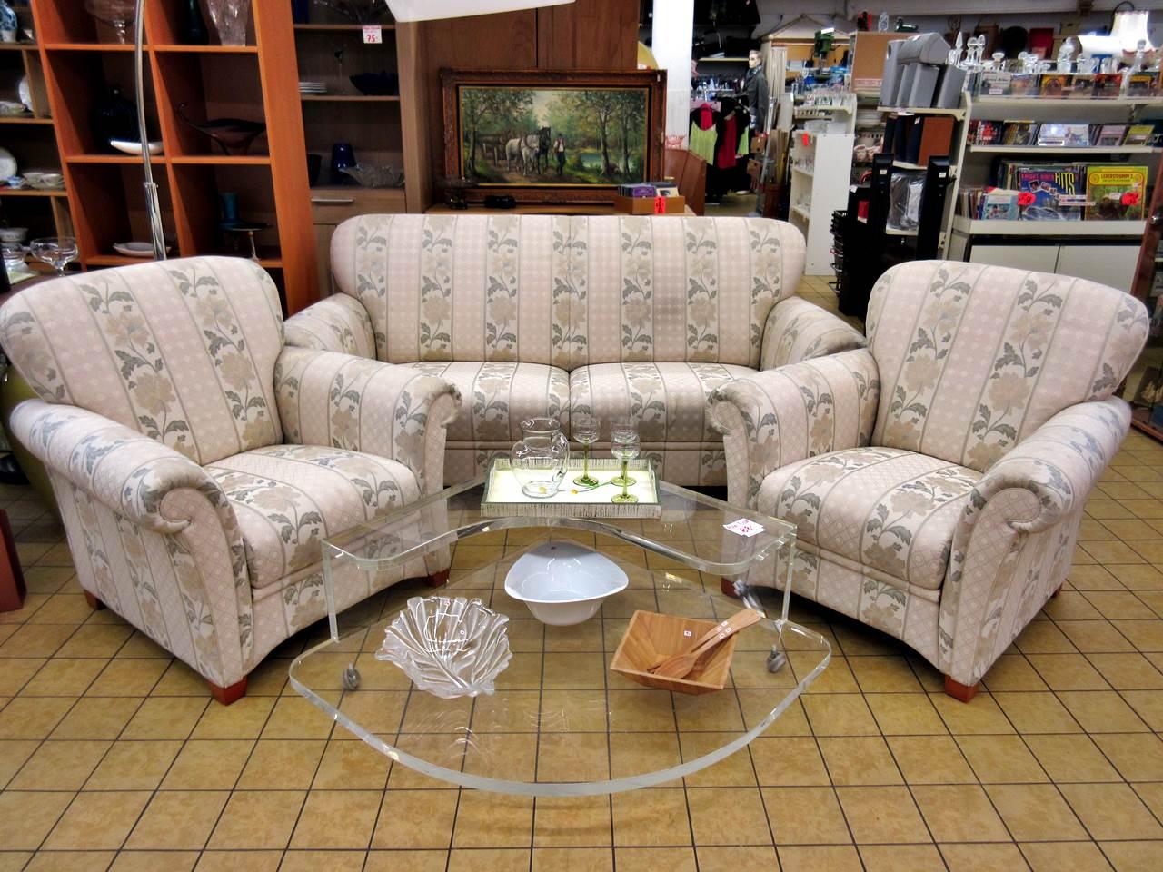 Full Size of Sofa Antik Chesterfield Leder Couch Murah Malaysia Big Gebraucht Stil Antiklederoptik Bali Kaufen Couchgarnitur Konfigurator In L Form Federkern Günstig Rund Sofa Sofa Antik