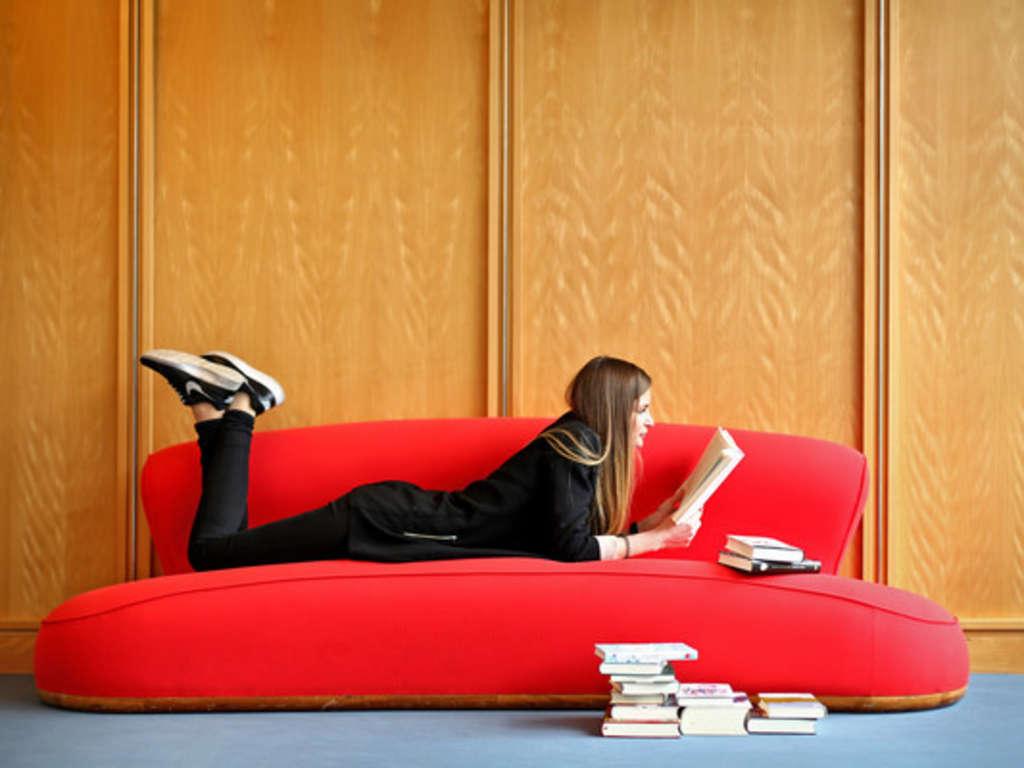 Full Size of Sofa Reinigen Rossmann Couch Berlin Reinigung Spray Dampfreiniger Leihen Natron Erfahrung Mit Lassen Dm Ausleihen Aus Samt So Werden Sie Flecken Los Wohnen 2 Sofa Sofa Reinigen