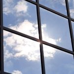 Sonnenschutzfolie Fenster Innen Fenster Sonnenschutzfolie Fenster Innen Selbsthaftend Anbringen Montage Entfernen Baumarkt Hitzeschutzfolie Doppelverglasung Test Oder Aussen Obi Sicht Und