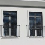 Fenster Jalousie Fenster Fenster Jalousie Innen Vorbau Raffstores Raffstore Mit Fliegengitter Plissee Einbruchschutzfolie Konfigurator Jalousien Meeth Polnische Herne Sprossen