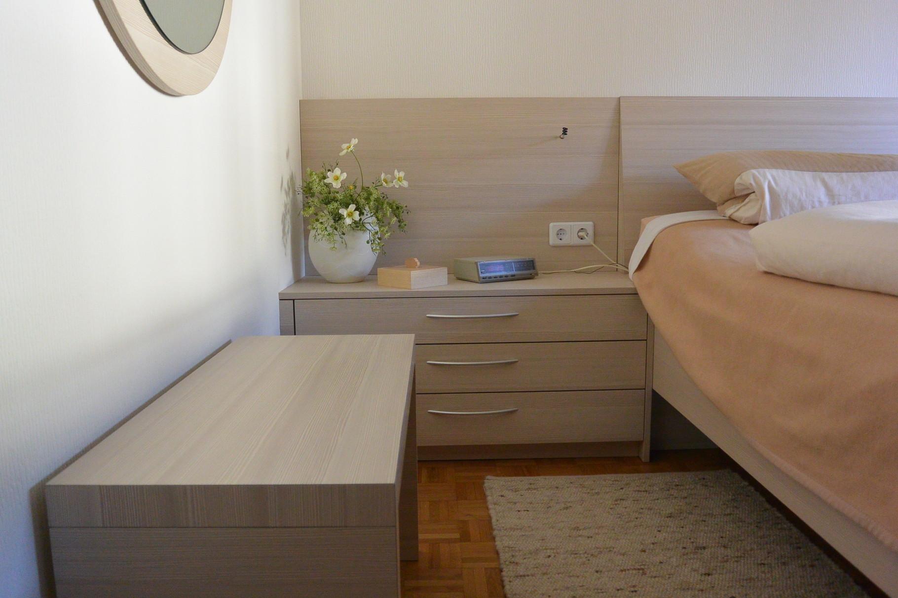 Full Size of Bett 140x200 Günstig Weißes 90x200 Halbhohes Billige Betten Komforthöhe Himmel Bei Ikea Außergewöhnliche Wickelbrett Für 180x200 Leander Konfigurieren Bett Erhöhtes Bett