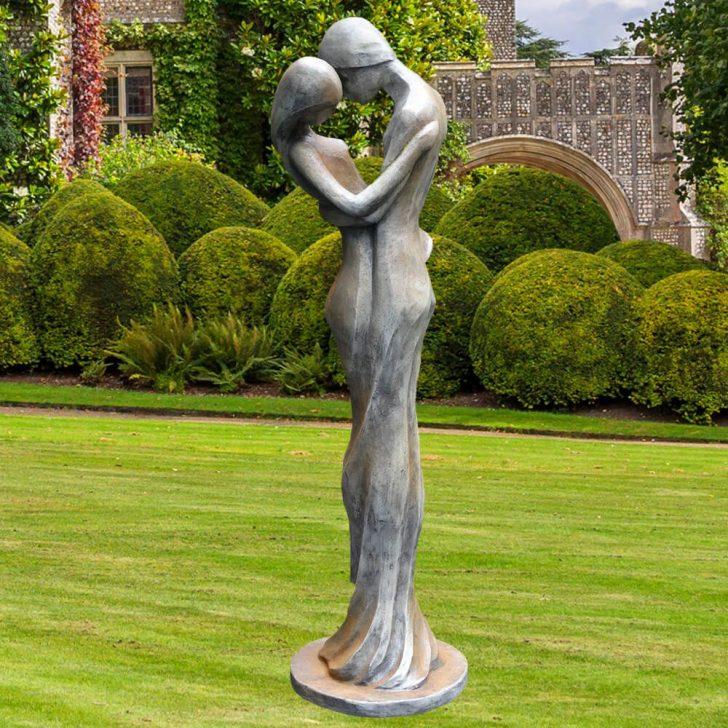 Medium Size of Skulpturen Garten Edle Skulptur Carissimi Mann Und Frau Truhenbank Ausziehtisch Stapelstuhl Zaun Gaskamin Klappstuhl Trennwände Spielgeräte Für Den Garten Skulpturen Garten